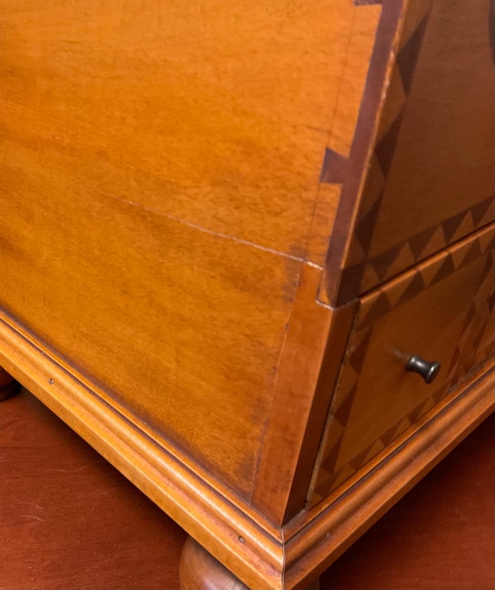 ELDRED WHEELER INLAID MAPLE SEWING BOX 20th Century Height 13.75