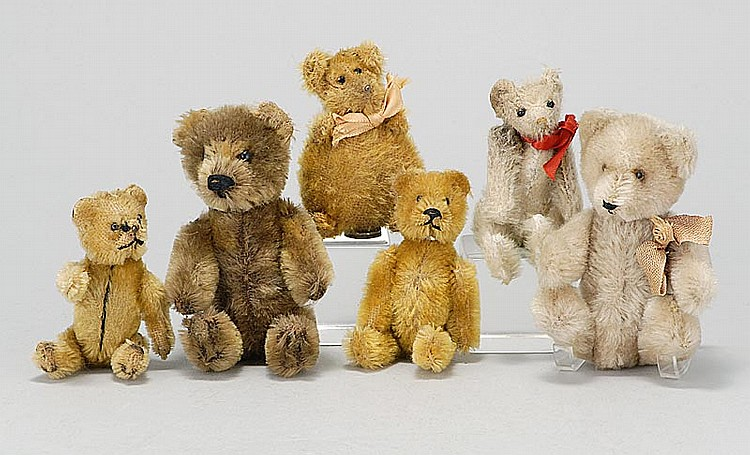 """SIX SMALL STUFFED BEARS 1) Perfume holder (head comes off to reveal a glass bottle inside) in brown mohair. Fully jointed. Height 5""""..."""