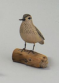 MINIATURE LEAST SANDPIPER CARVING By James Lapham of Dennisport, Mass. Mounted on a driftwood base.