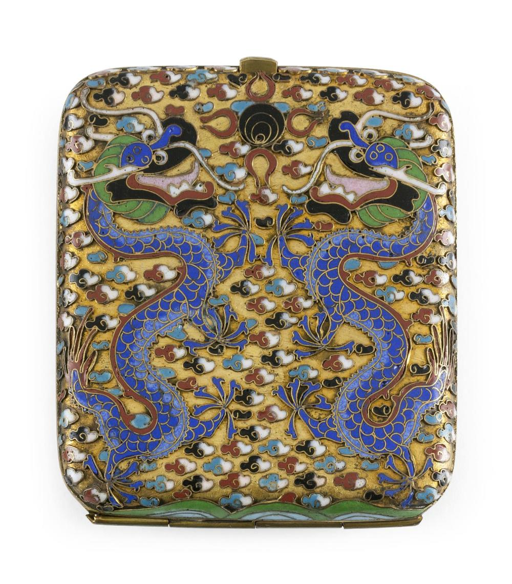 CHINESE CLOISONNÉ ENAMEL CIGARETTE CASE With a five-clawed dragon design on a gold ground. Length 3.5