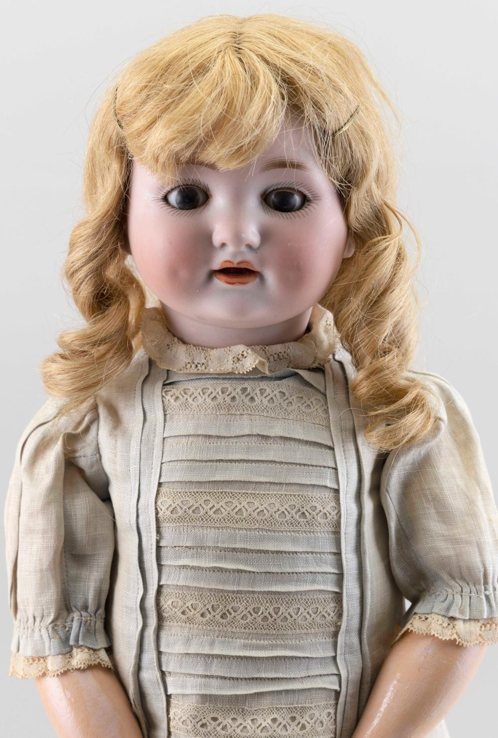 ARMAND MARSEILLE 985 BISQUE-HEAD DOLL 1910 Height 23