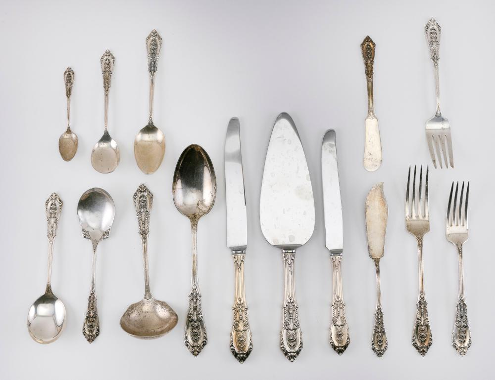 """WALLACE """"ROSE POINT"""" STERLING SILVER FLATWARE SERVICE Approx. 68.3 troy oz. weighable"""