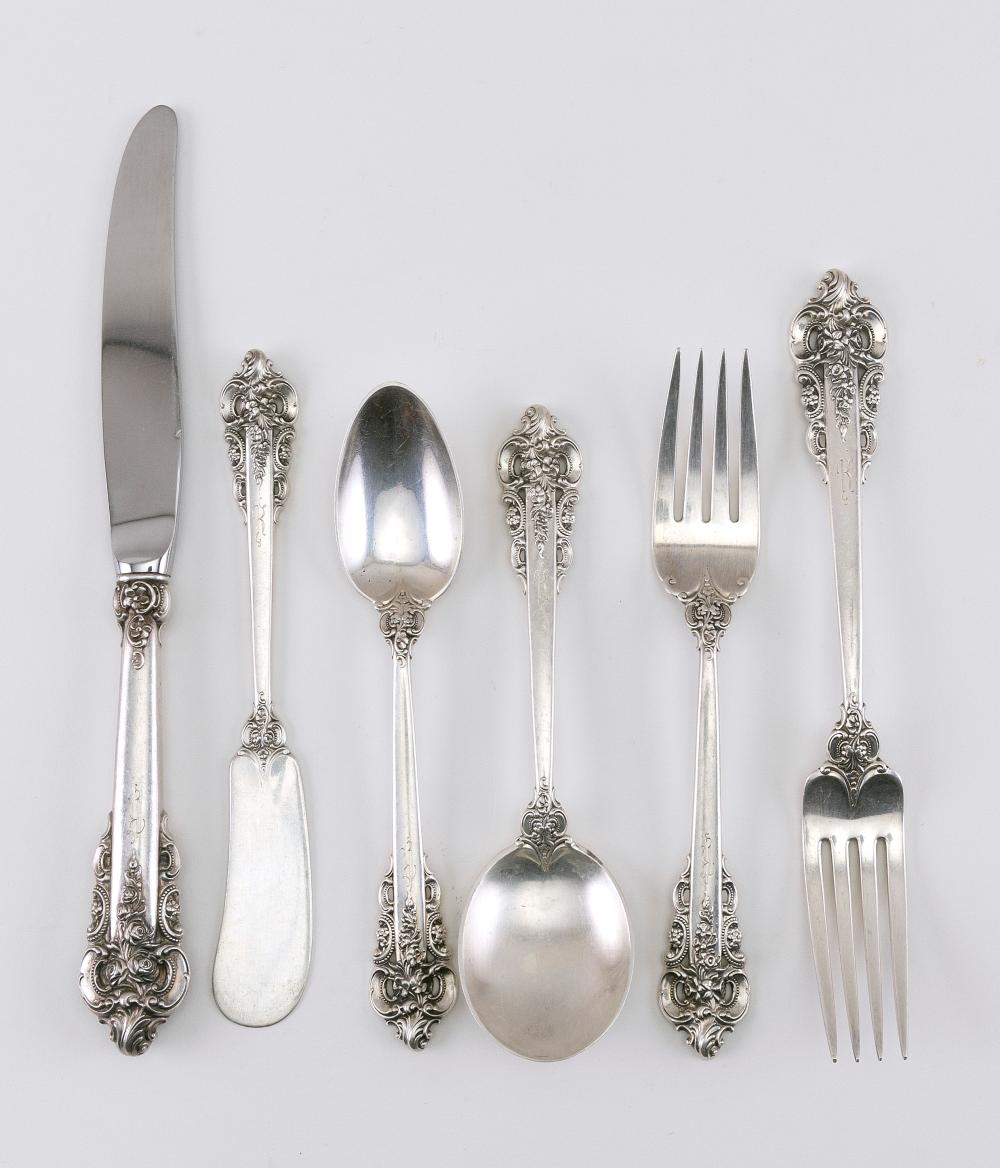 """WALLACE """"GRANDE BAROQUE"""" STERLING SILVER FLATWARE SERVICE Approx. 85.0 troy oz. weighable"""