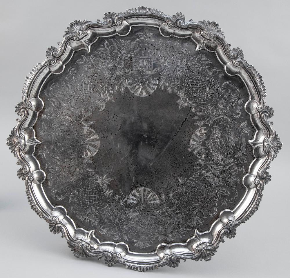 VICTORIAN STERLING SILVER TRAY London, 1844 Approx. 96.4 troy oz.