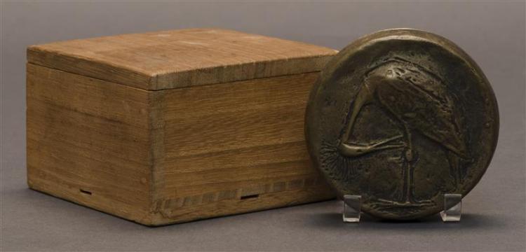 BRONZE SEAL PASTE BOX With relief crane design. Diameter 3