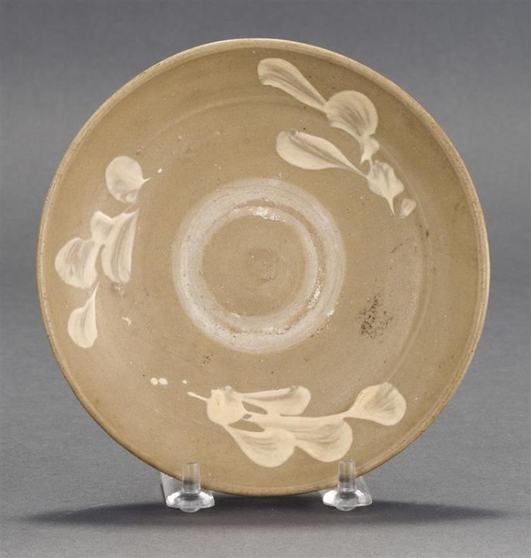 KOREAN CELADON DISH With white floral design. Diameter 5.75