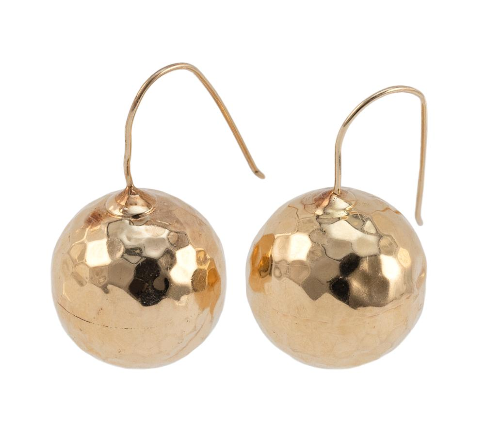PAIR OF GOLD BALL EARRINGS Approx. 3.51 dwt.