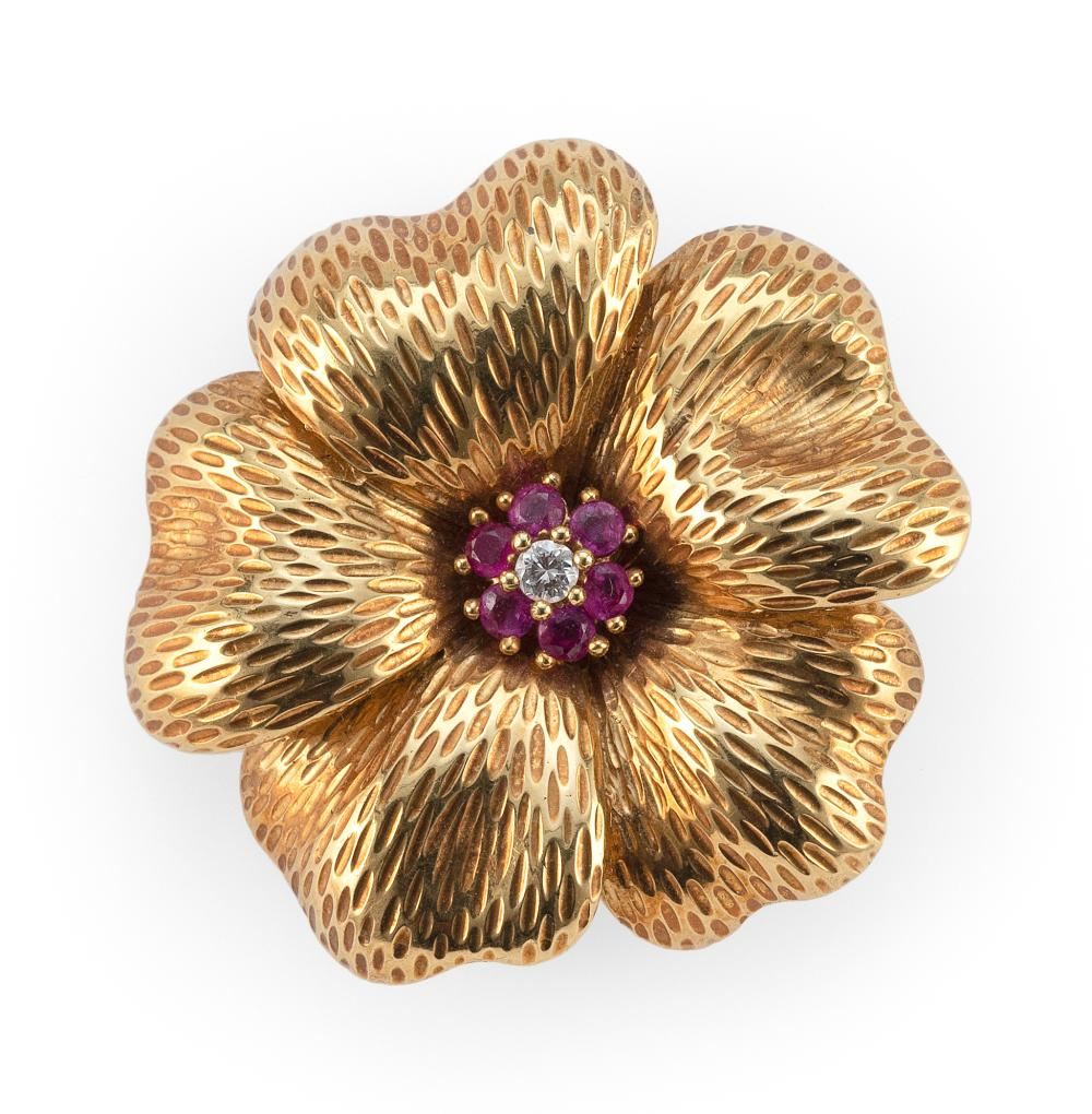 TIFFANY & CO. 18KT GOLD, RUBY AND DIAMOND FLORIFORM PIN Italy Approx. 7.01 total dwt.