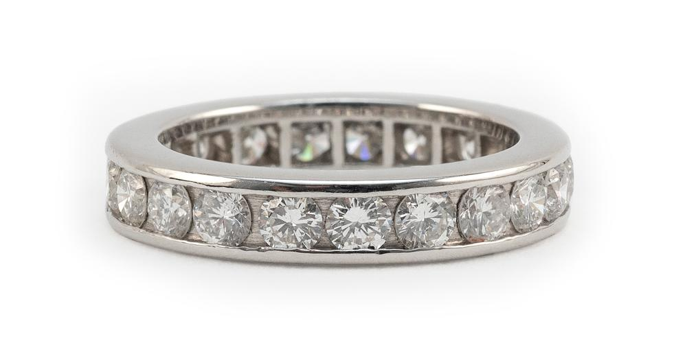 WHITE GOLD AND DIAMOND ETERNITY BAND Approx. 4.29 total dwt.