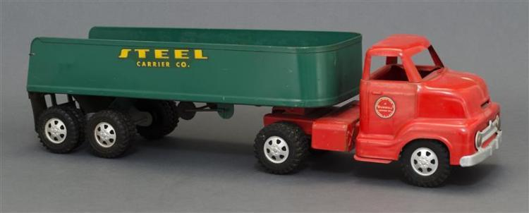 DUNWELL PRESSED STEEL TOY WORK TRUCK Red cab and green body with yellow lettering. Length 23