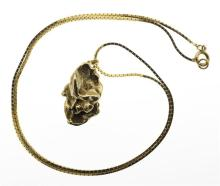 GOLD NUGGET ON A 14KT GOLD BOX CHAIN Height of nugget 1.9 cm. Length of chain 16
