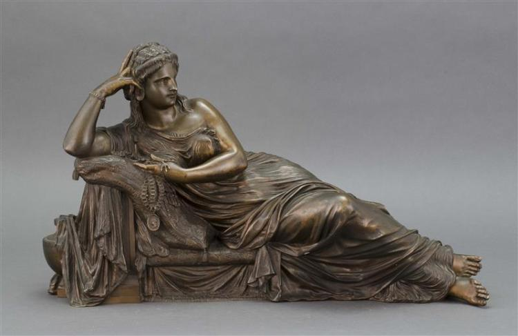 BRONZE FIGURE OF VENUS RECLINING ON A COUCH Retailed by Tiffany & Co. Otherwise unmarked. Medium brown patina. Length 22.5