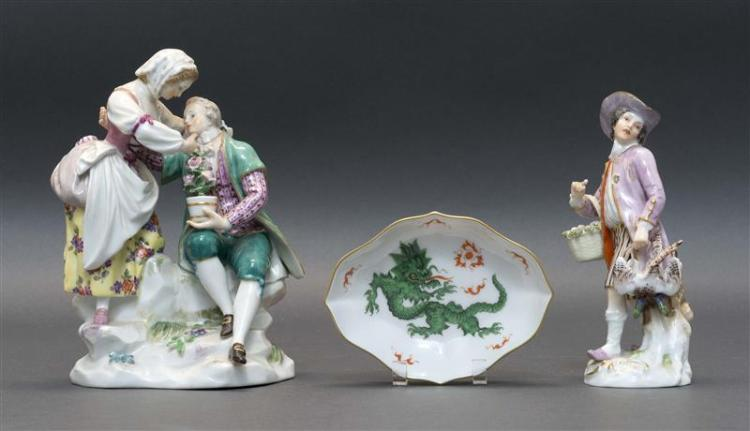 THREE MEISSEN PORCELAIN ITEMS Two figural groups and a small dish. One figural group depicts a pair of lovers, height 6.5