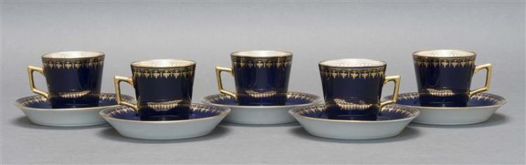 SET OF FIVE RICHARD GENORI DEMITASSE CUPS & SAUCERS Gilt spearhead border on a cobalt blue ground. White interior with similar gilt...