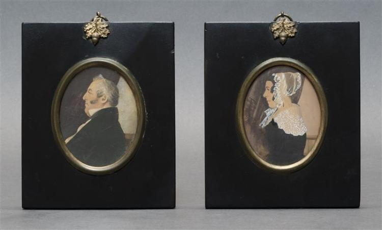 PAIR OF MINIATURE PORTRAITS Profiles of a man and woman, both facing to the right. Watercolors and gouache, oval 3