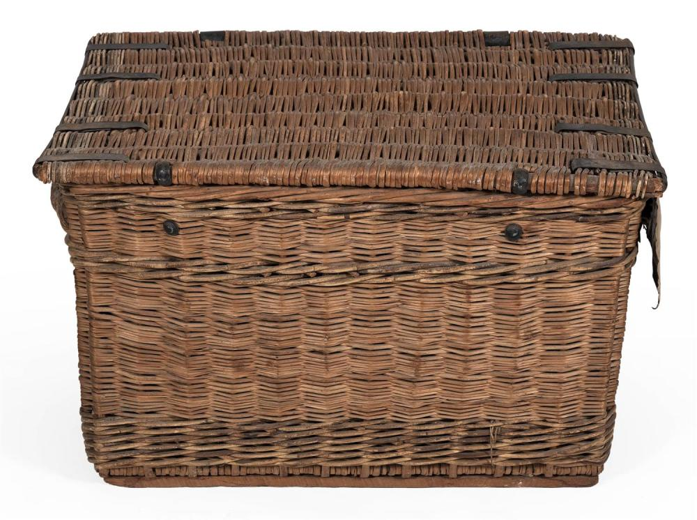 UNUSUAL WICKER STORAGE TRUNK Front with