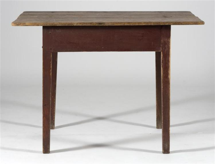 ANTIQUE AMERICAN TAVERN TABLE In pine. Base painted red. Two-piece top and square tapered legs. Height 28.5