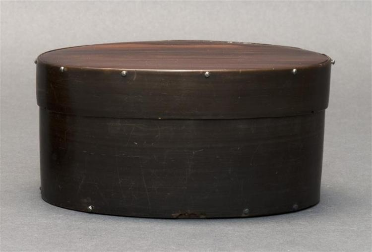WHALEMAN-MADE BALEEN DITTY BOX Rosewood top and base. Sawtooth border where baleen sides overlap. Height 2.75
