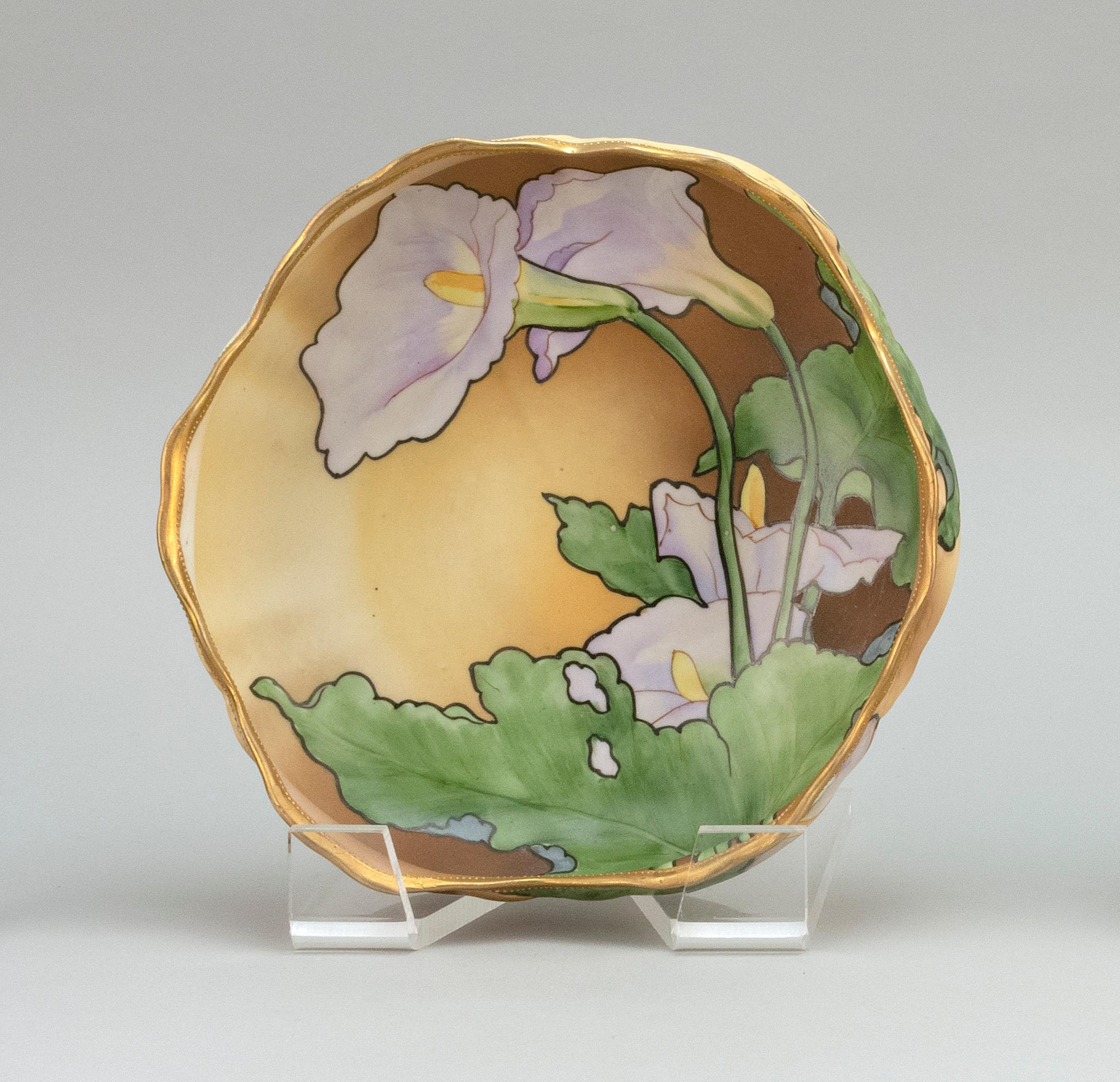 """NIPPON PORCELAIN BOWL Floriform, with raised foot and calla lily decoration. Van Patten #42 mark on base. Diameter 8.5""""."""