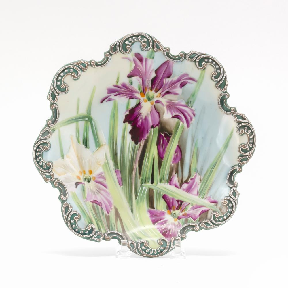 """MORIAGE NIPPON PORCELAIN SERVING DISH With eight-lobed rim and iris decoration. Diameter 8.5""""."""