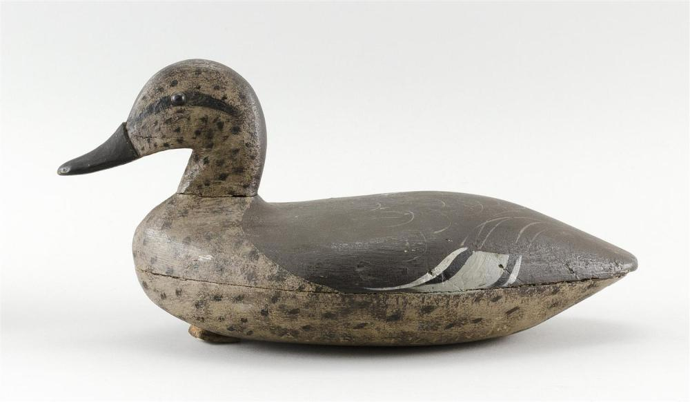 BLUE-WINGED TEAL HEN DECOY Maker unknown. Hollow-carved. Tack eyes. Length 11