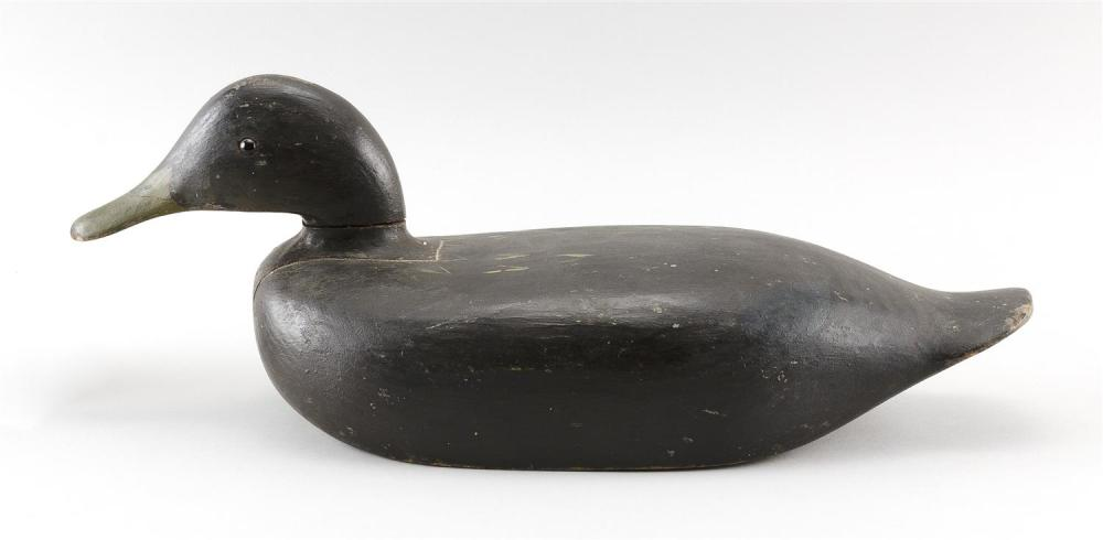 WILLIE ROSS BLACK DUCK DECOY Inletted head. Glass eyes. Length 17