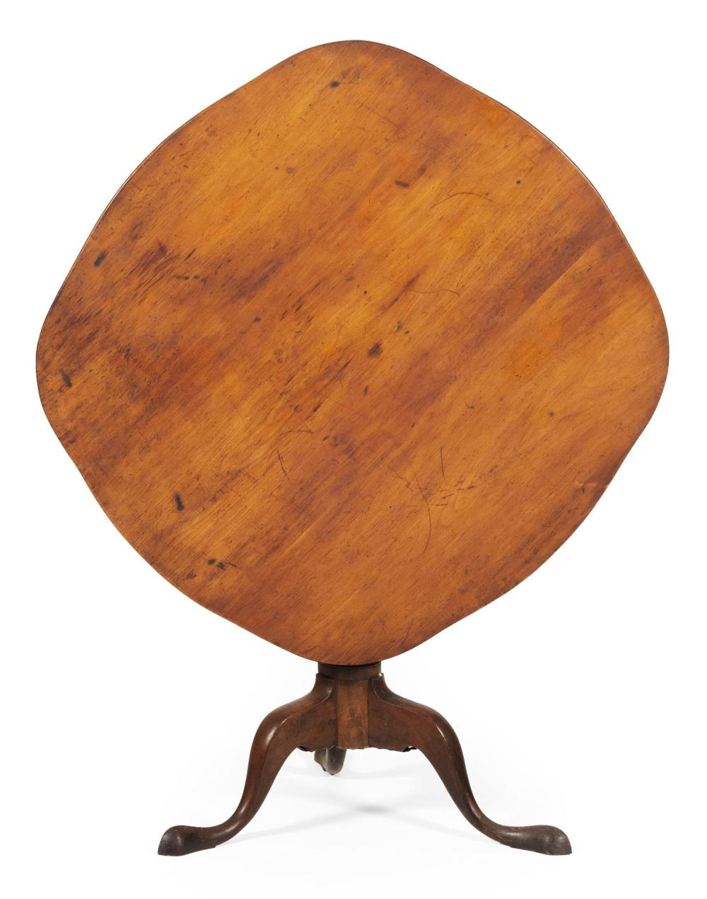 QUEEN ANNE TILT-TOP TABLE In mahogany and pine under a brown stain. Oval top. Turned pedestal on cabriole legs ending in pad feet. H...
