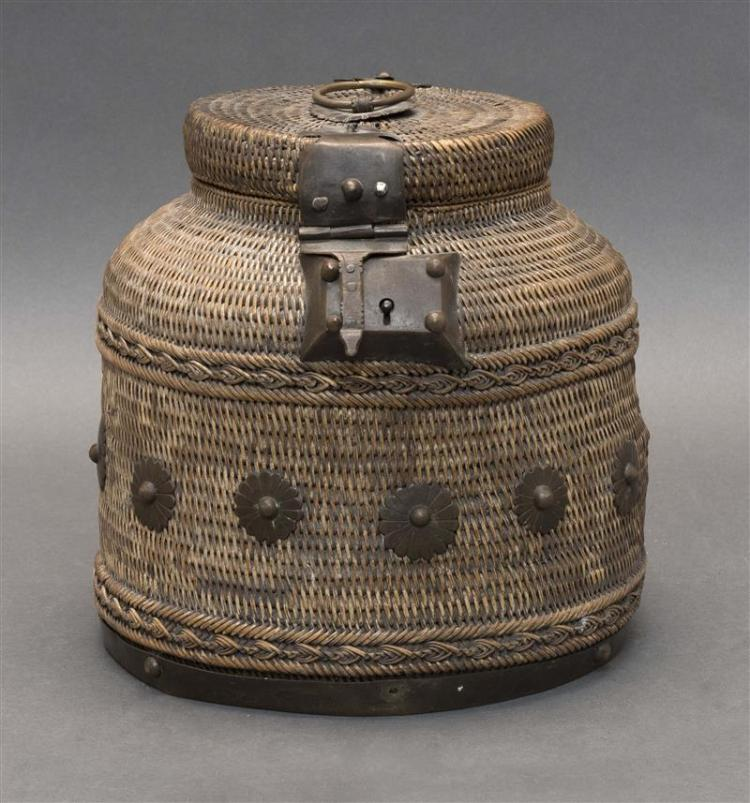 BRASS-MOUNTED LIFT-TOP BASKET Designed to contain a tea jar. With decoration of chrysanthemums. Height 8