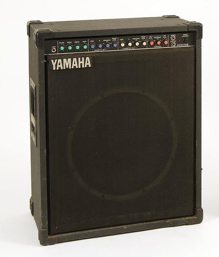 Yamaha b100 115 iii bass guitar amplifier with 15 speaker for Yamaha bass guitar amplifier