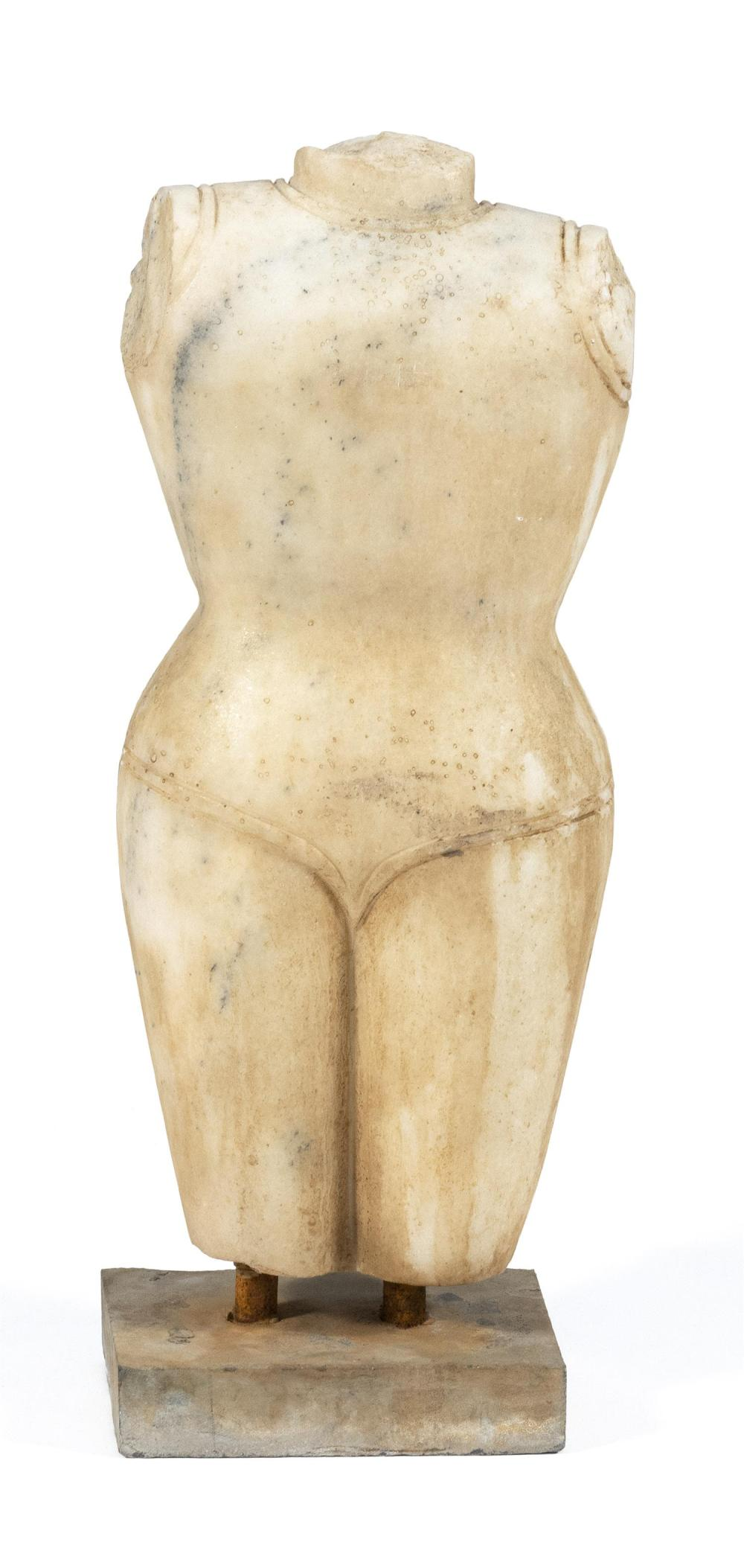 WHITE MARBLE FIGURE OF NUDE FEMALE TORSO Indian, age unknown. Height 25