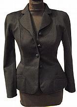 CHRISTIAN DIOR boutiques - belle veste noire à basques en laine et cachemire, de