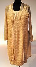 LES FOLIES D'ELODIE - ensemble composé d'une robe et d'un gilet. La robe est à b
