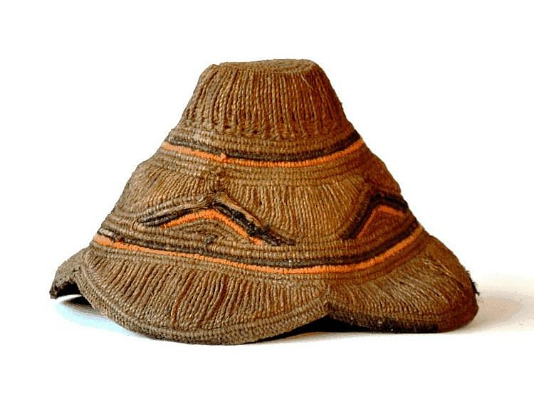 RDC,  KUBA. Chapeau de chef. Fibres  17 cm