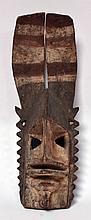 Grand masque lièvre Dogon, Mali bois dur polychrome utilisé comme la plupart des