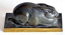 Lucien Charles Edouard ALLIOT (1877-1967) Lapin. Bronze à patine verte et brune