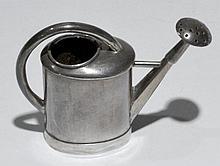 ARROSOIR en argent miniature Poids: 16 g