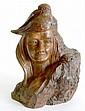 Pierre FOUESNANT (1943) Belle à l'oiseau. Racine d'olivier sculptée, signée. H. 30 cm