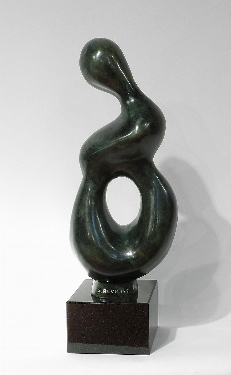 Xavier ALVAREZ. Maternité. Epreuve en bronze à patine brune, numérotée 7/8