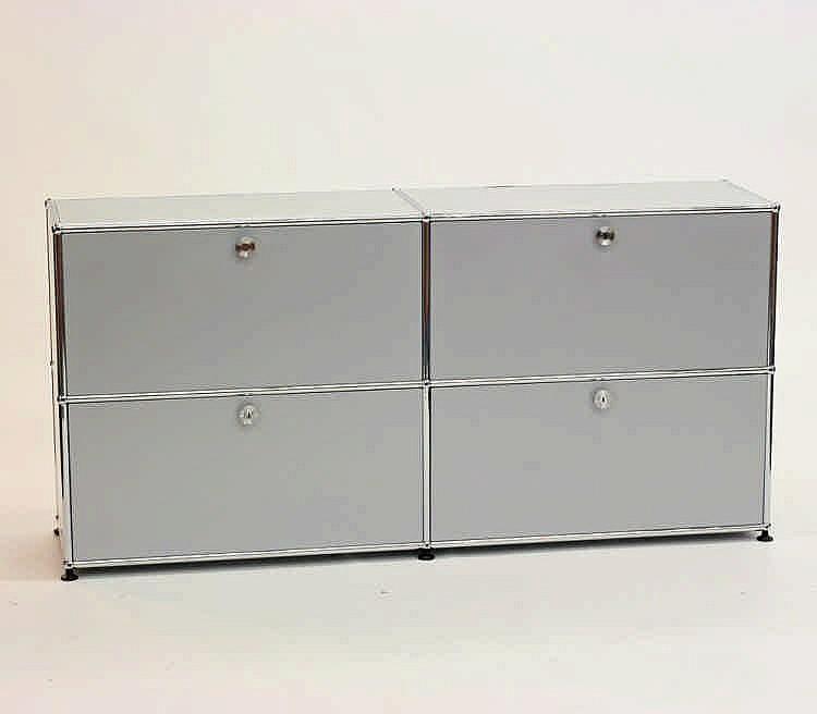 USM HALLER, Sideboard, 21. Jh., Designer Fritz Haller (1924 - 2012), Entwurf 1963, Metall matt-silber.