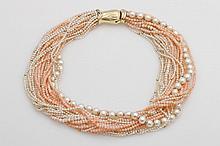 Collier, 25 reihig aus Zucht / Biwa - Perlen und Korallkugeln.