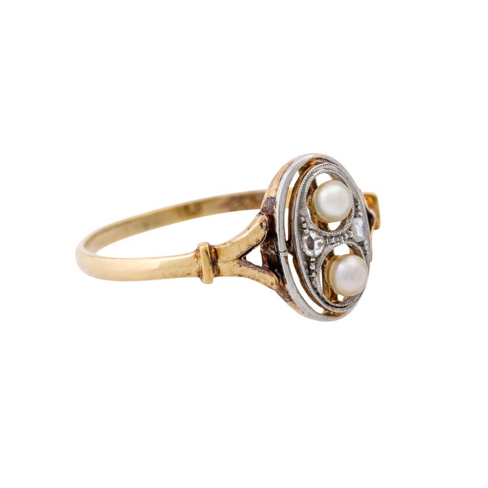 Art Déco Ring mit 2 Zuchtperlen und 2 Diamantrosen,