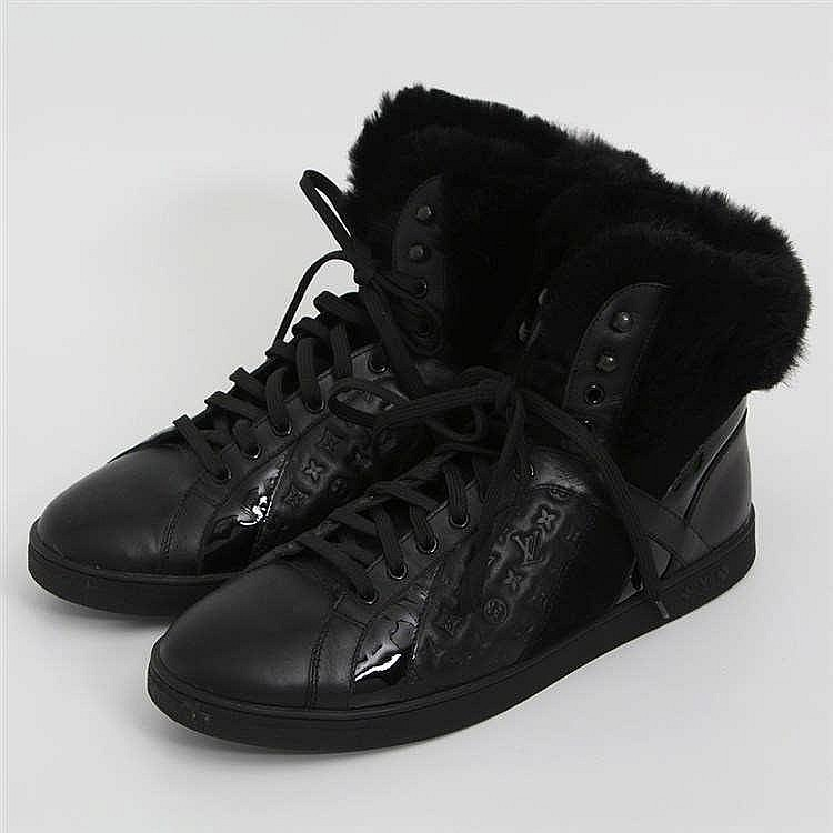 LOUIS VUITTON exklusive High-Top Sneaker, Größe 41. SEHR GUTER ERHALT!! NP. ca.: 800,-€.