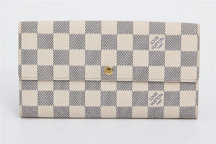 LOUIS VUITTON schickes Portemonnaie