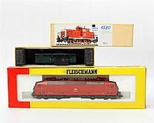 FLEISCHMANN zwei Lokomotiven 1380 und 4352, Spur H0,