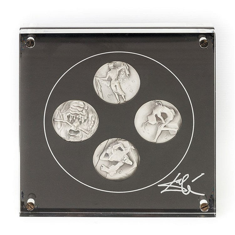 4 SILBERmedaillen - 4 mattierte SILBERmedaillen im Acrylglasblock, entworfen von Salvador Dali, Thematik