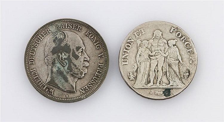 Lot Kaiserreich/Preussen und Frankreich: 5 Mark 1874 A Wilhelm I. sowie