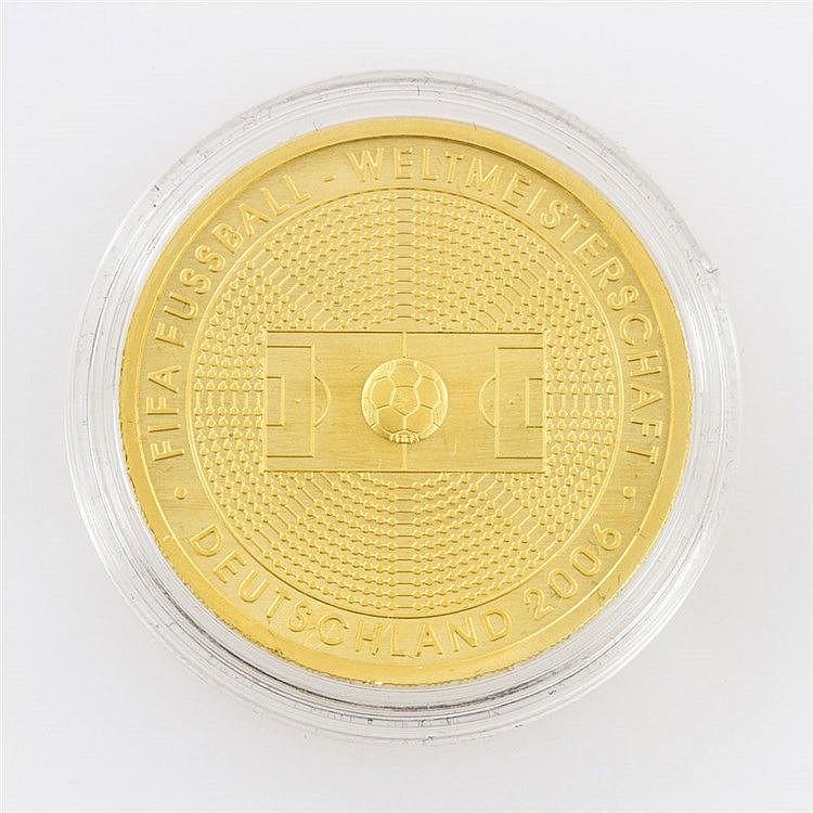 BRD/GOLD - 100 Euro 2005, Fifa Fussballweltmeisterschaft Deutschland 2006, prägefrisch,