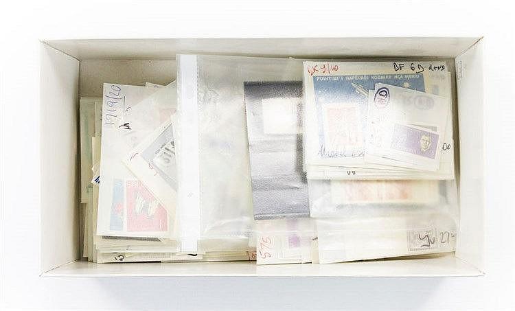 ALBANIEN 1914 / 1990, postfrischer / ungebrauchter Lagerposten, sauber in Tüten sortiert,