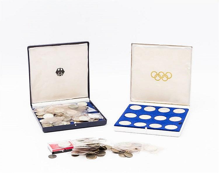 Konvolut Münzen und Medaillen mit SILBER - viel BRD mit 26 x 10 DM und ca. 46 x 5 DM.