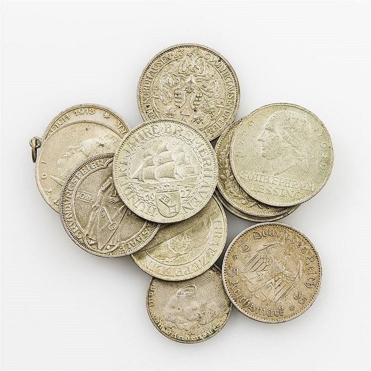 Weimarer Republik - Konvolut von 7 Münzen, dazu 4 Weitere,